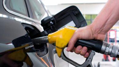 صورة مصدر: الحكومة تدرس رفع أسعار البنزين والسولار 25 قرشاً