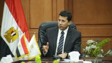 صورة عاجل.. وزير الشباب والرياضة يتعرض لحادث سير