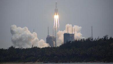 صورة الصاروخ الصيني الخارج عن السيطرة بث مباشر.. هل يسقط في هذا البلد؟