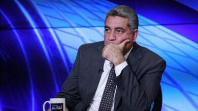 صورة مجاهد يفجر مفاجأة بشأن أزمة الزمالك في القيد: بيد «فيفا»