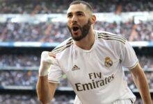 صورة هل يحصل بنزيما على الكرة الذهبية؟.. إشادات هائلة بمهاجم ريال مدريد